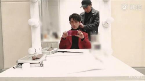【techweb】年轻时尚轻旗舰:华为nova4实力担当掌上vlog拍摄神器1370