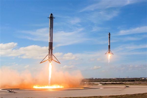 1.2万颗卫星+100万个地球站:SpaceX要让全球都能上网