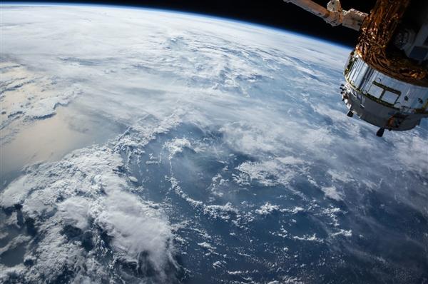 我国有望率先建成空间太阳能电站:为地面无限输送清洁能源