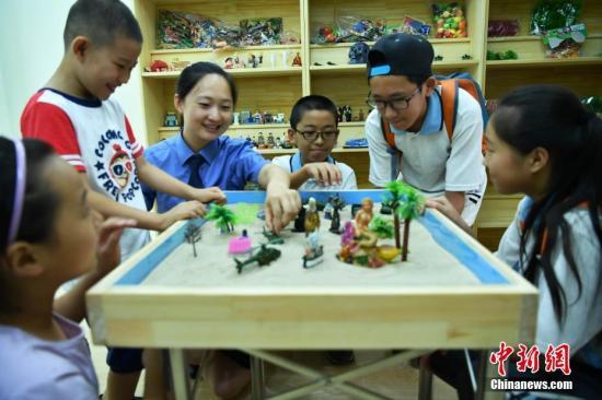 中科院心理所所长:中国不同人群心理健康问题均呈增长趋势