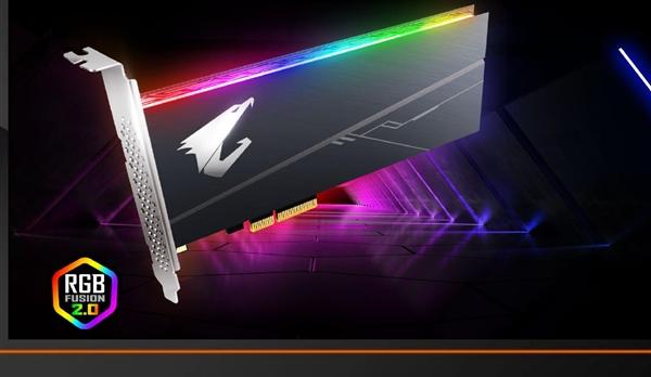 技嘉NVMe SSD首上可控可同步RGB灯效:双面散热50℃