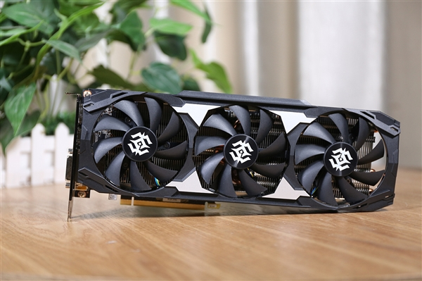GPU-Z时隔80天终于升级:支持一大波新显卡
