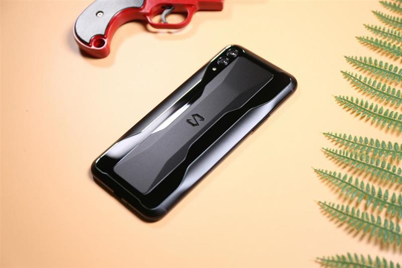 液冷3.0让骁龙855持续满血又冷静:黑鲨游戏手机2首发评测