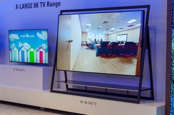 买不起8K电视 但因为它你能买得起80吋的电视了