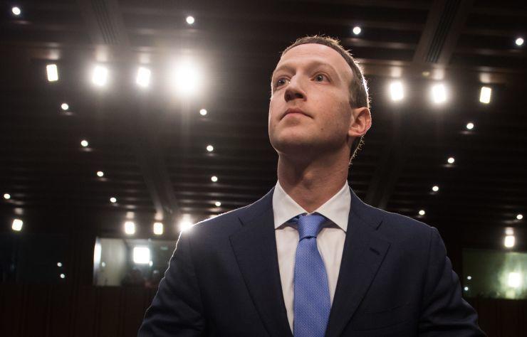 扎克伯格:让互联网更好别只靠公司 政府应有作为