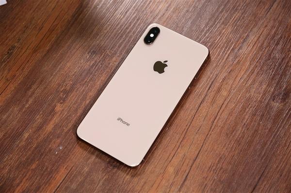 国内团队攻克单卡iPhone XS变双卡技术:实机安装 未来量产