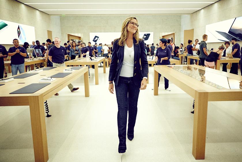 苹果二号人物离职 iPhone将走亲民路线?
