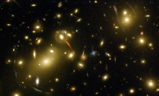 在引力透镜的作用下,光是否会发生蓝移?