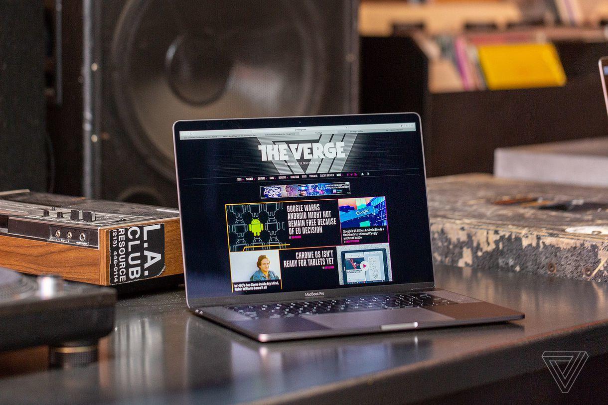 高端MacBook Pro笔电升级 15英寸版用上八核处理器