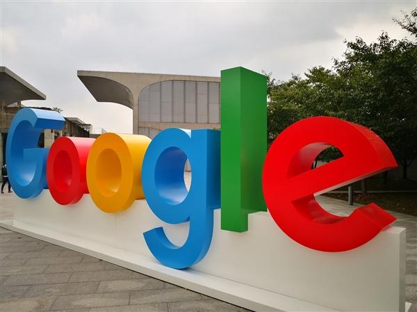 隐身幕后的两位Google创始人 突然现身了