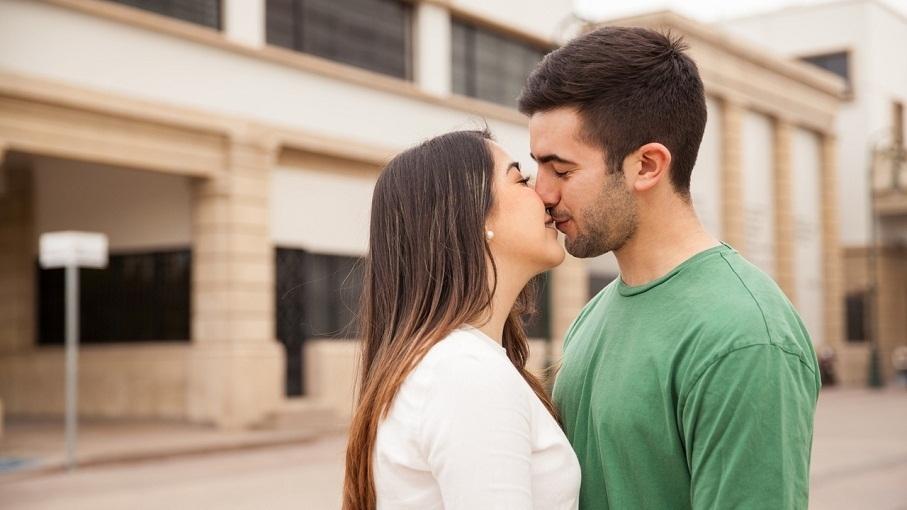 知否|接吻时为啥要闭眼睛?因为感觉太美不想分心!