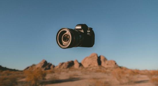 佳能要出一款无屏小型相机,长得像「钥匙扣」