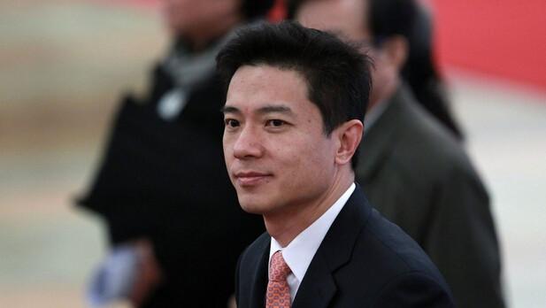 李彦宏在人民日报撰文:推动新一代AI健康发展