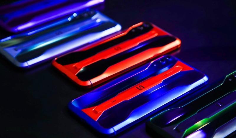 黑鲨游戏手机2Pro发布 带领玩家体验操控的艺术