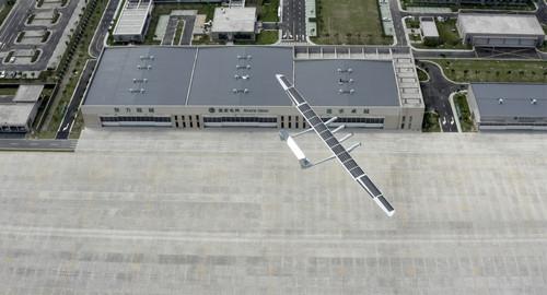 中国中大型太阳能无人机首飞成功 性能强悍将开放5G合作