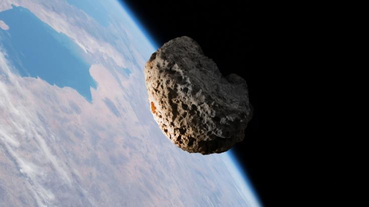 """一颗小行星10日将与地球""""擦肩而过"""" 不会构成威胁"""