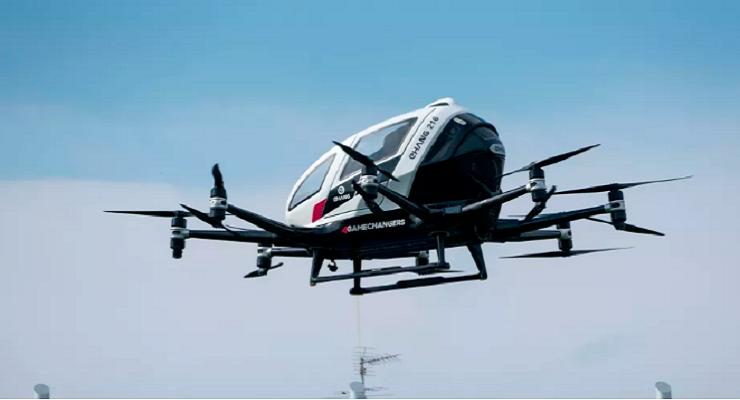 亿航双座电动飞机首次在美试飞,向美国州长演示