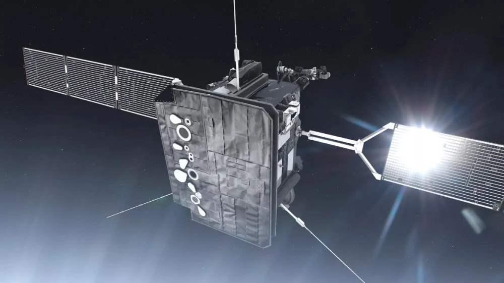 """""""太阳轨道飞行器""""升空,将给太阳两极拍照"""