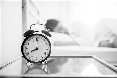 刚睡醒总是昏昏沉沉?可能是闹铃没选对