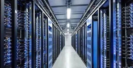 云服务器与传统服务器的区别