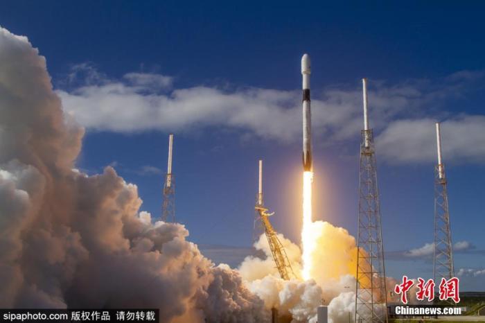美国私人火箭公司发射失败,弄丢7颗卫星