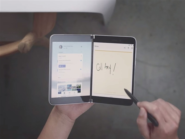 微软回归手机市场!Surface Duo砍掉3.5mm耳机孔