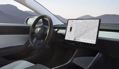 特斯拉发布Q2安全报告:开启Autopilot时平均每729万公里发生一起事故